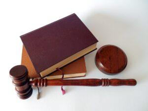 επιδότηση δικηγόρων